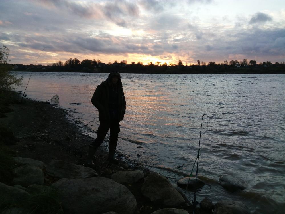 Чудесная рыбалка на реке Волхов