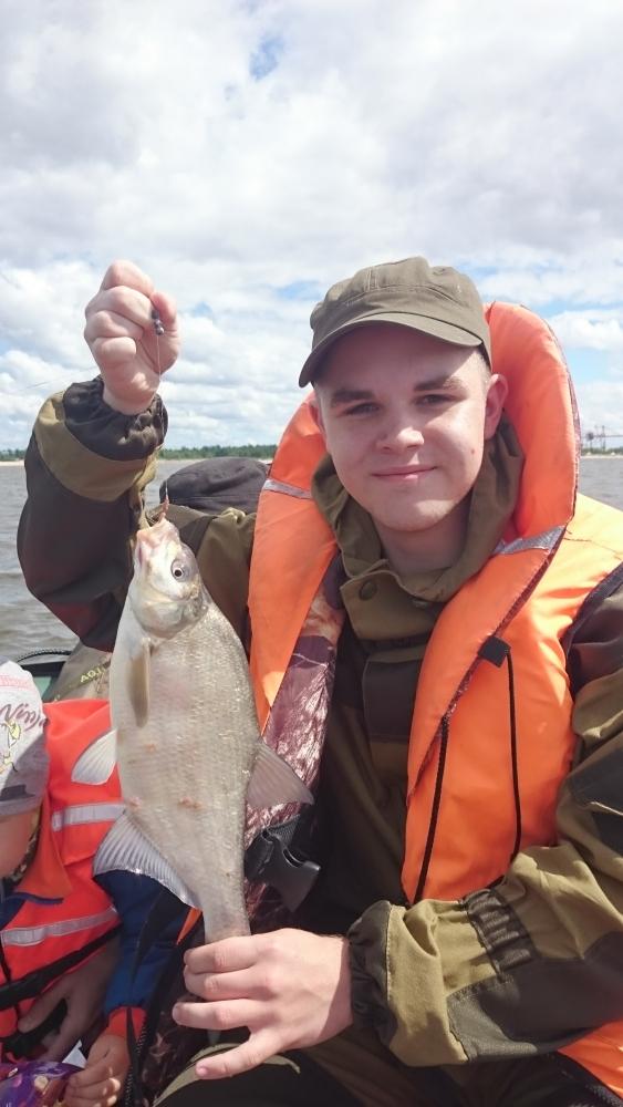 рыбалка на дамбе в спб в мае